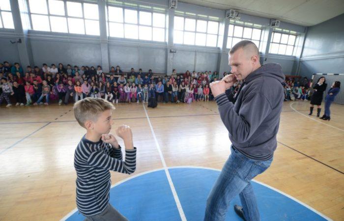 Pomoc OS u Gracanici ugnovisad